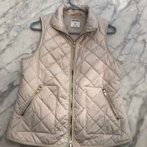 Light weight Quilted White Old Navy Vest